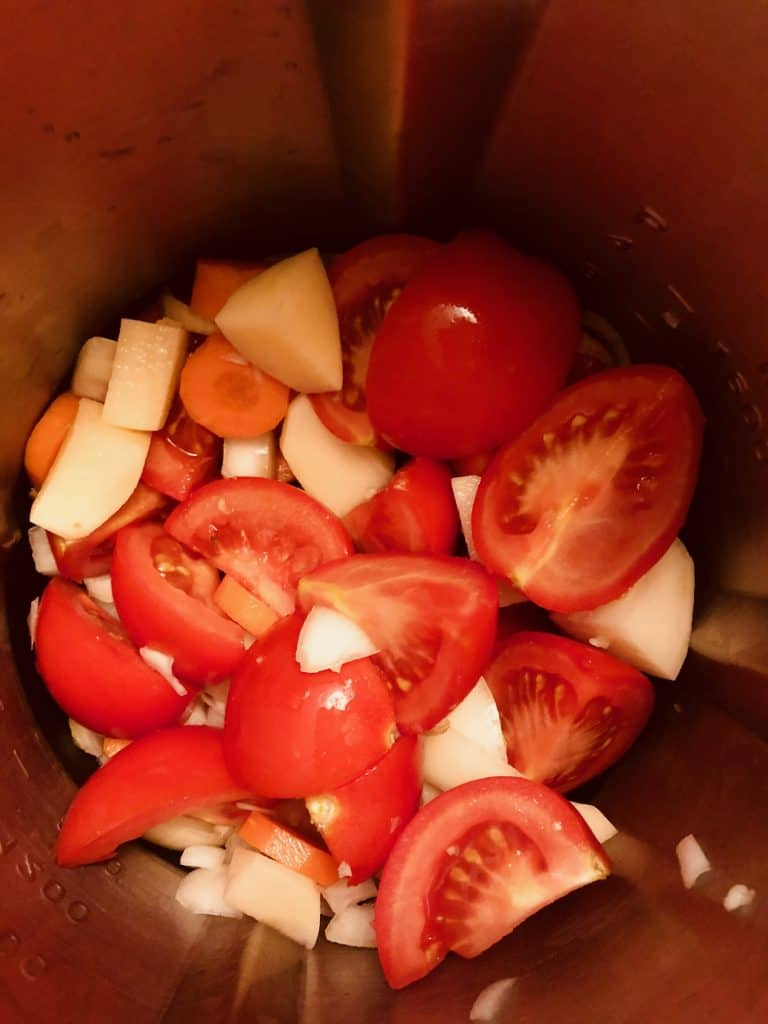 tomato and basil soup ingredients