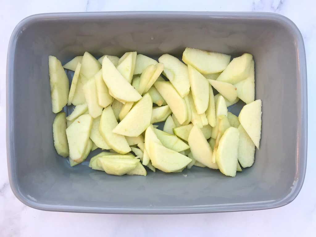 apple slices for apple crumble
