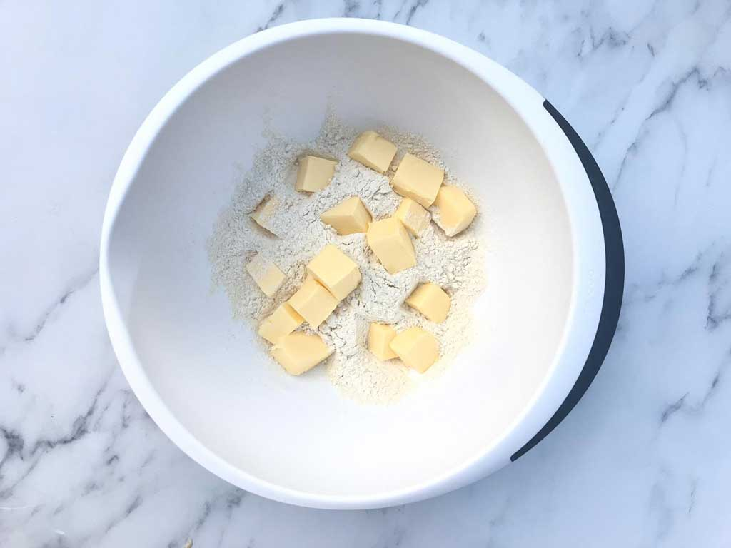 butter mixed with flour for apple crumble