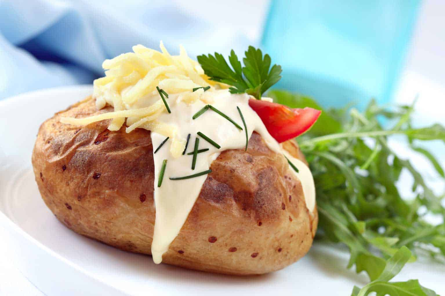 microwave jacket potato with cheese and cream